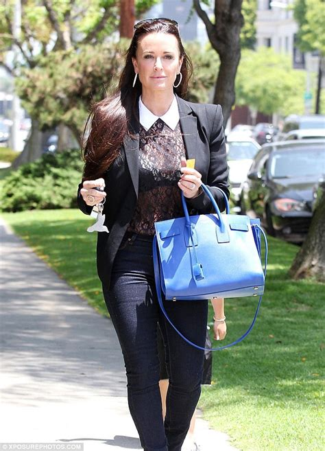 what does kyle richards do to make her hair look thicker kyle richards and lisa vanderpump returning to real