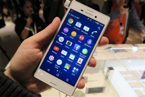 Hp Sony Xperia V Di Indonesia perbandingan asus zenfone 5 vs sony xperia m4 aqua segi