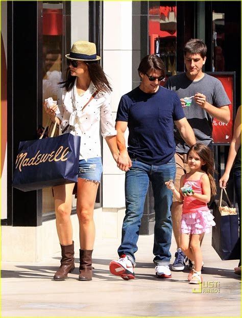 Holmess Shopping Spree For Suri by Tom Cruise Suri Cruise Westfield Mall