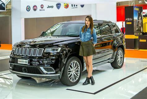 jeep grand interni nuova jeep grand debutto italiano al motor show