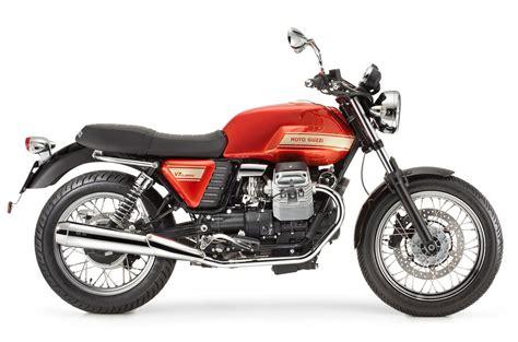 Moto Guzzi V7 by Motorcycle Pictures Moto Guzzi V7 Classic 2011