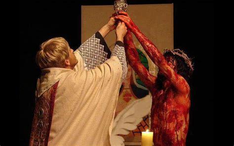 imagenes de jesus sacerdote manos ensangrentadas de jes 250 s el sacrificio de la misa