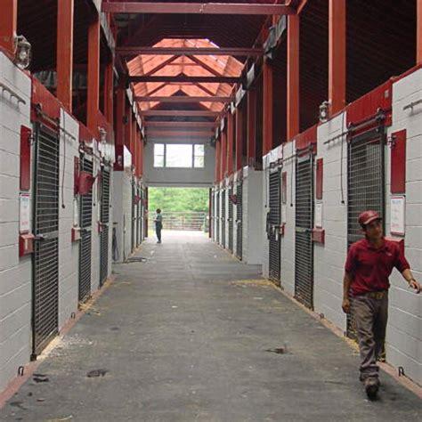 Horse Stall Mats   Interlocking horse stall mats   Greatmats