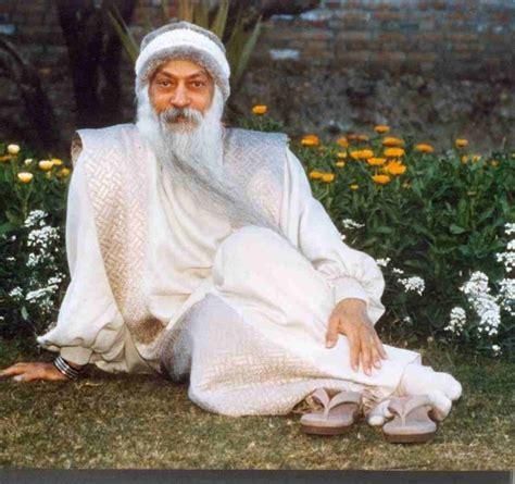 biography of osho rajneesh chandra mohan jain photos videos and biography