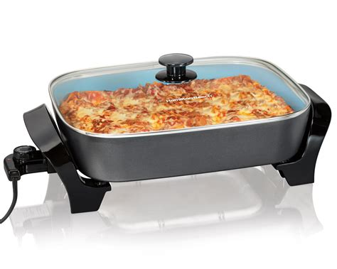 amazon com hamilton beach 38528 deep dish ceramic skillet kitchen dining