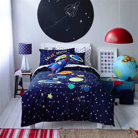Solar System Bedroom | kids boys solar system linen set contemporary kids