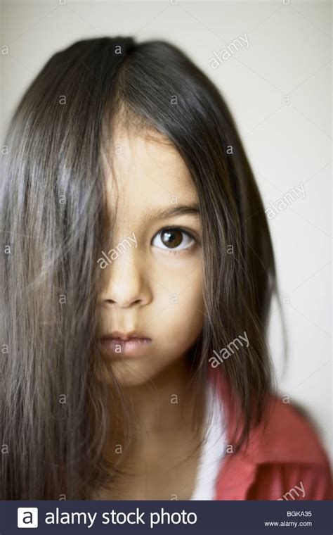 hairstyle covering one eye years old stockfotos years old bilder alamy