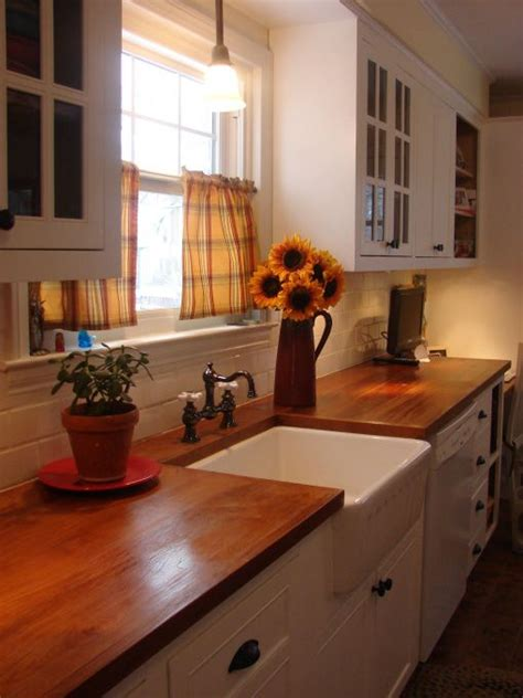 1920s kitchen 1920 colonial kitchen from awful to simple my kitchen for 1920 s colonial the kitchen must
