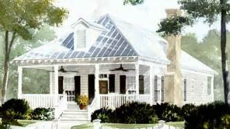 living cottage style house plans small