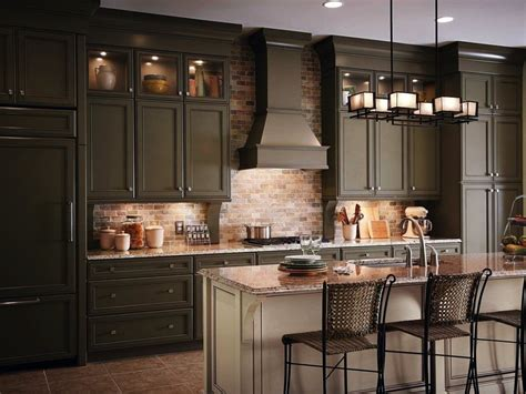 kraft kitchen cabinets lowes kraftmaid kitchen cabinets kraftmaid cabinets at