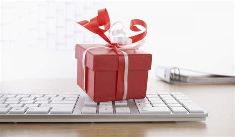 regalo ufficio 20 regali per il tuo collega vanityfair it