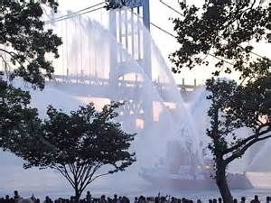 nyc fireboat 343 astoria park fireworks photos 4th of july in queens on