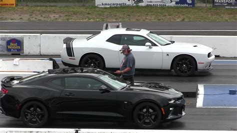 dodge camaro ss new 2016 camaro ss vs 2015 pack dodge challenger 1 4
