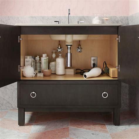 kohler 24 inch medicine cabinet kohler k 99661 24 1wh jacquard medicine cabinet surround