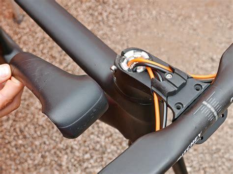 Clean Lines by 2018 Ktm Revelator Lisse Aero Road Bike Gets Clean