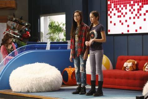 olivia rodrigo fan mail address bizaardvark first photos with madison hu olivia