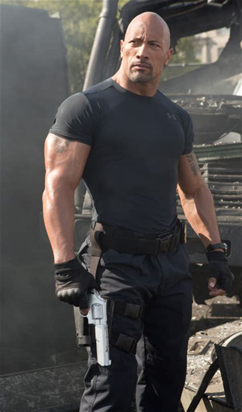 dwayne johnson the rock height dwayne johnson height height and weights