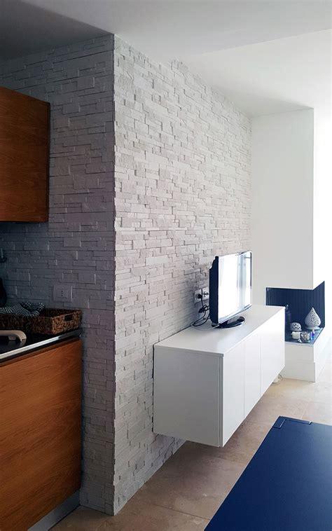 pareti interne in pietra ricostruita pareti in pietra soggiorno parete con pietra triseb