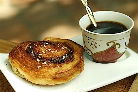 tahini bread roll delicious istanbul tahini roll
