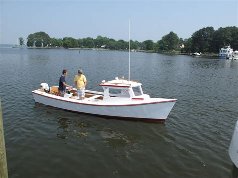 skiff or bay boat chesapeake bay boat plans related keywords chesapeake