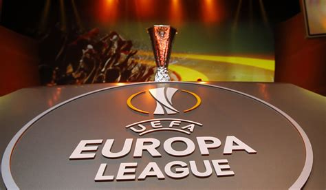arsenal europa league arsenal and everton find out europa league group stage