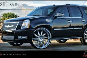 Cadillac Escalade On 30s Cadillac Escalade On 30 Inch Rims