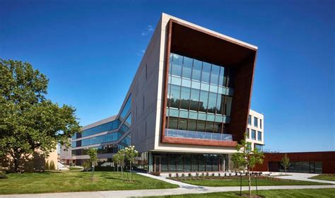 Kansas City Executive Mba by Award Winning Academic Building Features Solarban 70xl