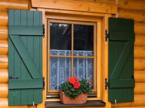costruire persiane in legno guida pratica su come verniciare e rinnovare i serramenti