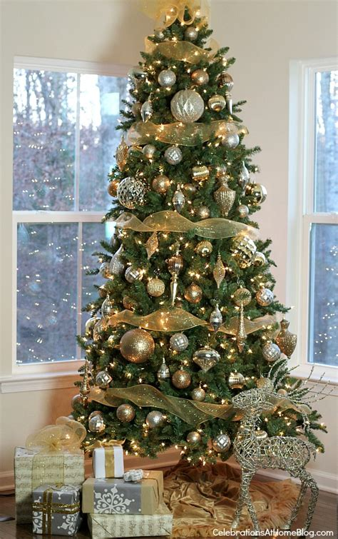 home decorated christmas trees tips for decorating your christmas tree celebrations at home