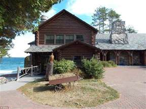 Worlds Of Cabin by World S Largest Log Cabin On Michigan S Lake Superior Shoreline Slashes 20 5million Daily