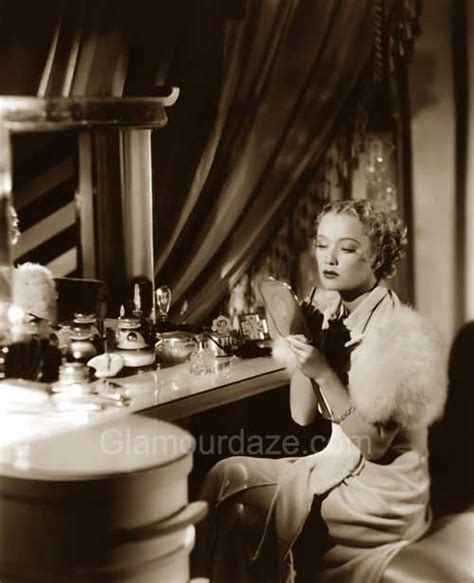 hollywood actress makeup room the history of 1930s makeup glamourdaze