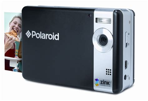 polaroid instant film set for comeback amateur photographer
