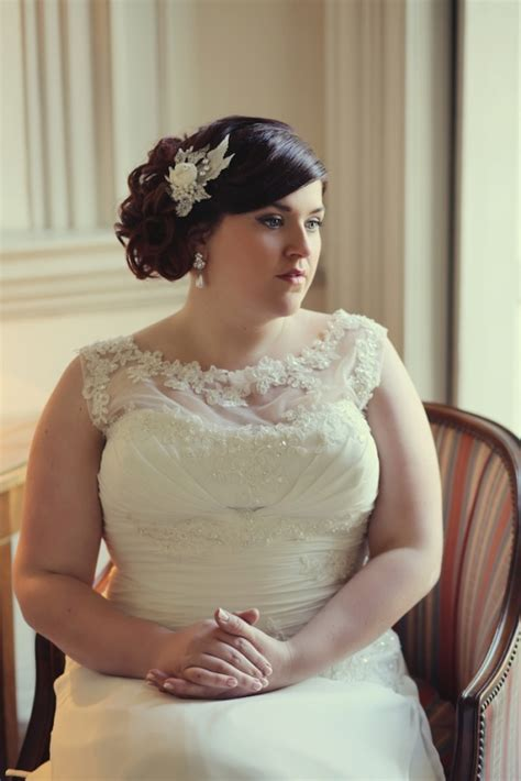 Wedding Hair For Plus Size Brides by Dresses For Curvy Brides