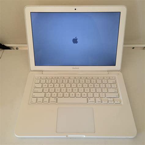 macbook unibody charger apple macbook 13 quot unibody 2 26 ghz c2d 2gb ram 250gb hdd