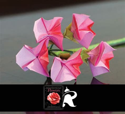 Sweet Origami - this origami sweet pea flower is designed by blackman