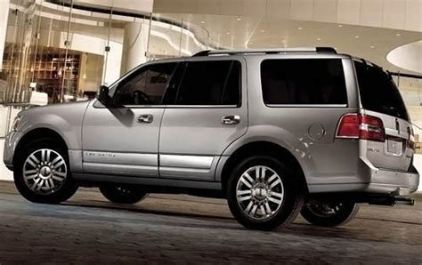 2009 lincoln suv used 2010 lincoln navigator for sale pricing features