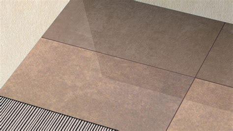 Pose Carrelage Grand Format Sur Plancher Chauffant by La Pose De Carreaux De Tr 232 S Grands Formats Sur Un Sol Neuf