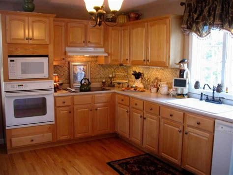 kitchen paint colors with light oak cabinets dark wood floor with light oak cabinets thefloors co