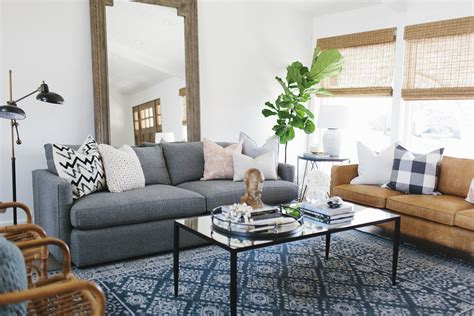 Living Room Sofa Pillows Tips For Mixing Throw Pillows In The Living Room Satori Design For Living