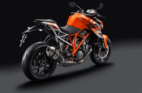 Ktm Superduke 1290 R Review Ktm Officially Unveils 1290 Superduke R 180 Hp In A