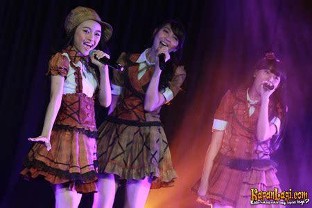 Cd Jkt48 Yuuhi Wo Miteiruka Regular Version news report press release single kedua jkt48 quot yuuhi wo