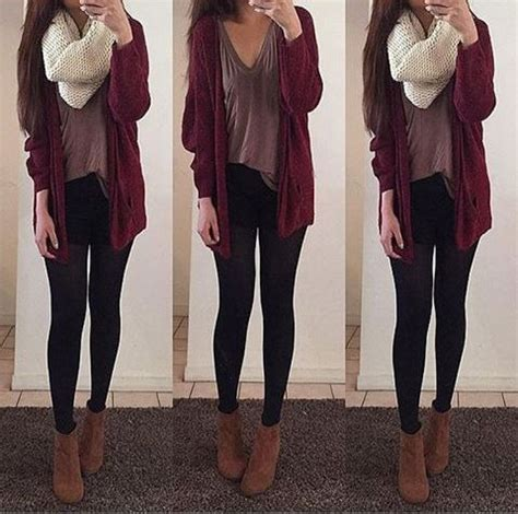 maroon cardigan loose shirt black leggings brown ankle