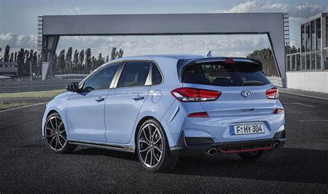 hyundai     car revealed  rival vw golf gti