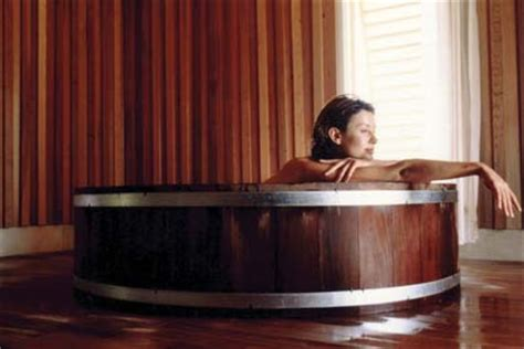 wine barrel bathtub wine barrel bathtubs wine design