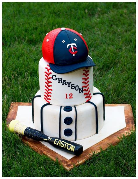baseball themed pictures baseball theme cake decorated cakes pinterest