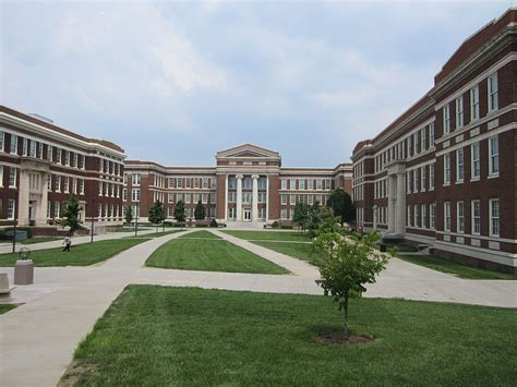 Mba Colleges In Cinncinati by Of Cincinnati Raymond Walters College Degree