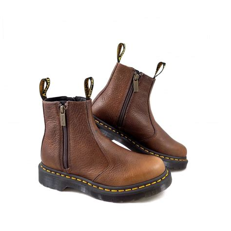 dr martens 2976 w zips ankle boots in brown leather