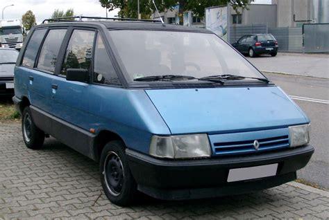 Espass Bensin minivan
