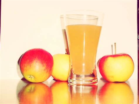 drinking apple juice before bed looking for the best constipation remedy drink a cup of prune juice before going to
