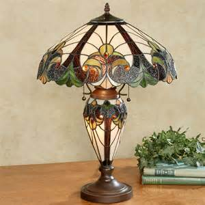 Clearance Area Rug Clavillia Stained Glass Table Lamp With Cfl Bulbs